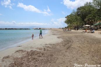 Insula Kefalonia -plaja cu nisi