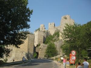 Ruinele cetatii Golumbac