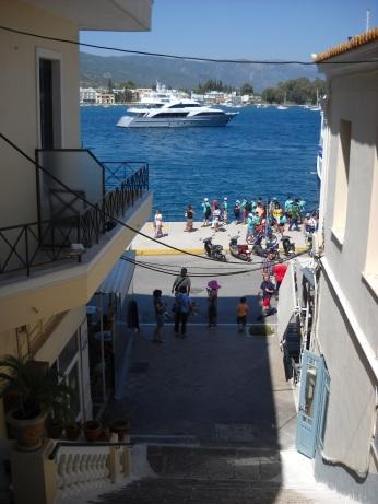 Stradute port Poros