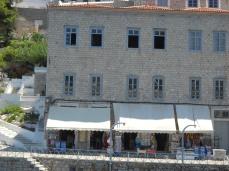 Hydra souvenir shops