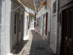 Hydra local people